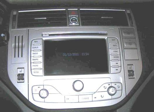 avis autoradio gps ford kuga 2008 2019 lisez le meilleur test comparatif. Black Bedroom Furniture Sets. Home Design Ideas